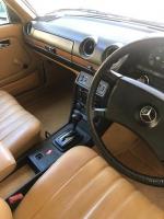 1982 Mercedes Benz 300D Auto