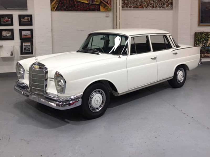 1966 Mercedes Benz 230S