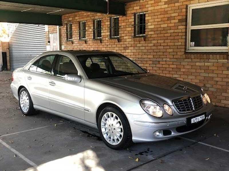 2004 Mercedes-Benz E500 Elegance