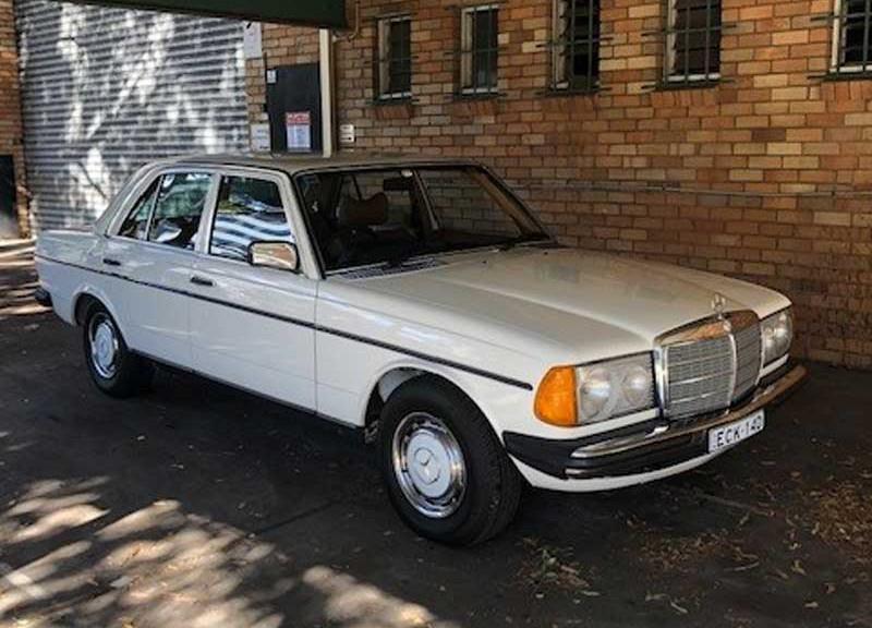 1979 Mercedes-Benz W123 300D auto